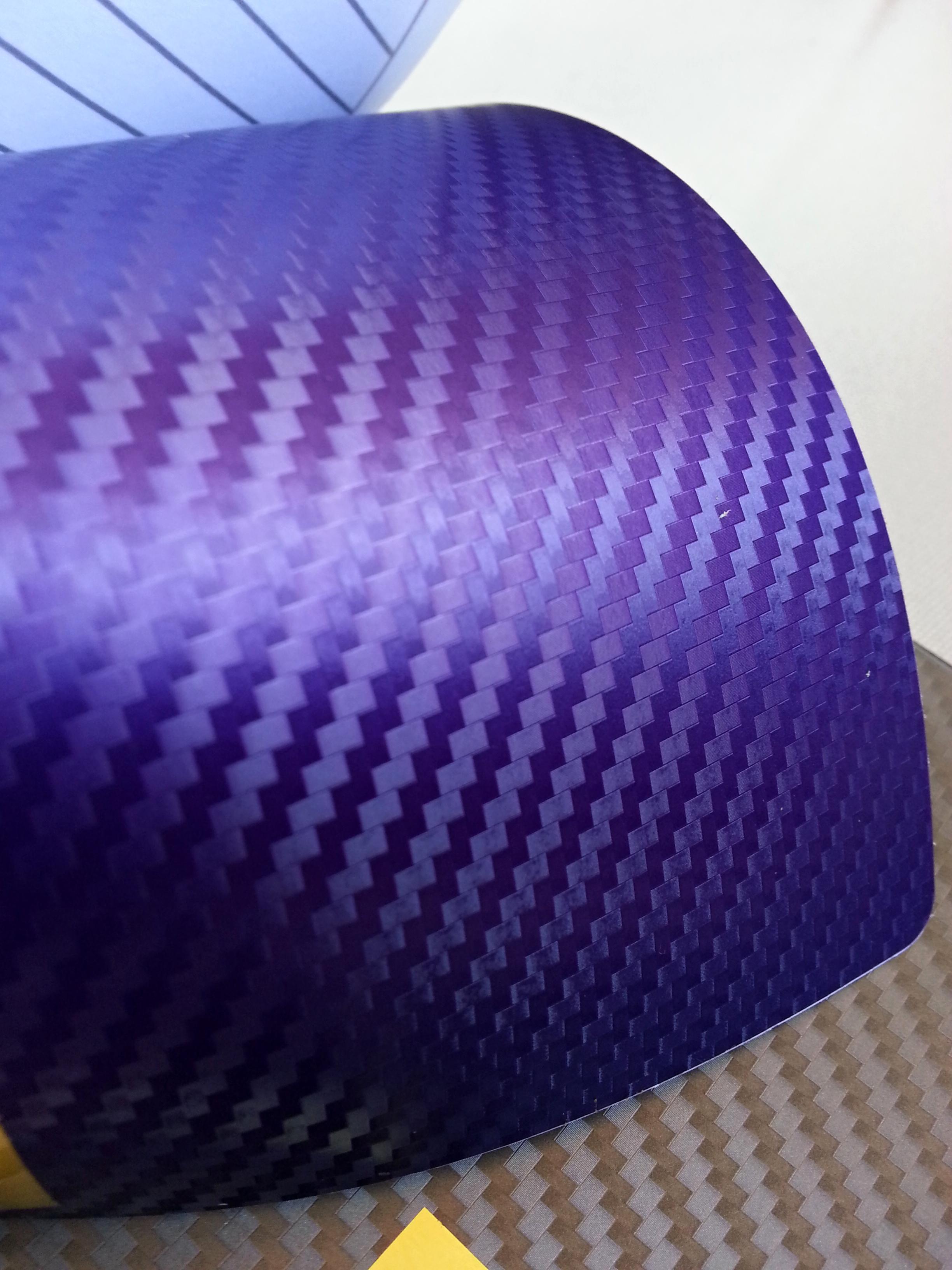 152cm x 15m CARBON KARBON FOLIE 3D - Purpurová se vzduchovými kanálky